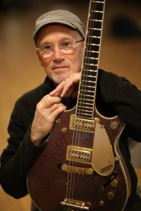 An Special Solo Performance by Marshall Crenshaw